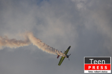 Bucharest International Air Show ne-a lasat cu gura cascata!